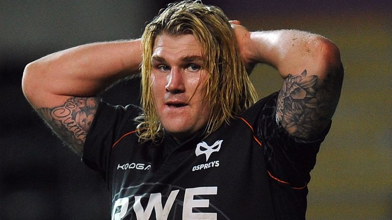 Richard Hibbard: Wrist injury