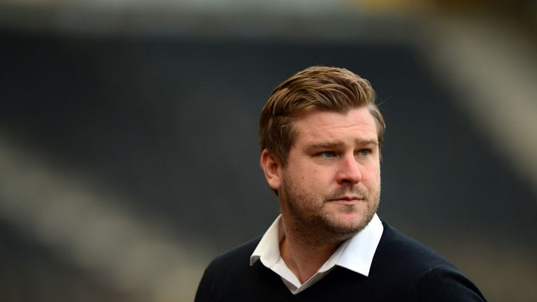 Karl Robinson: Handing Burns a deal