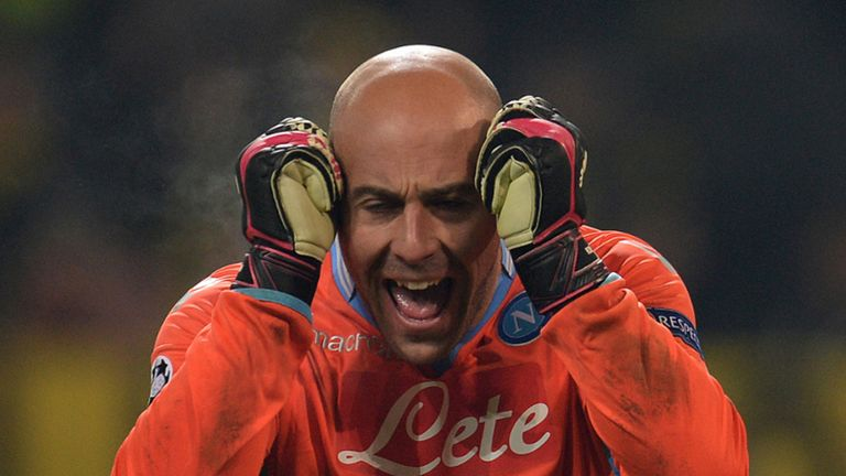 Pepe Reina: On-loan Napoli keeper taking his time over his future