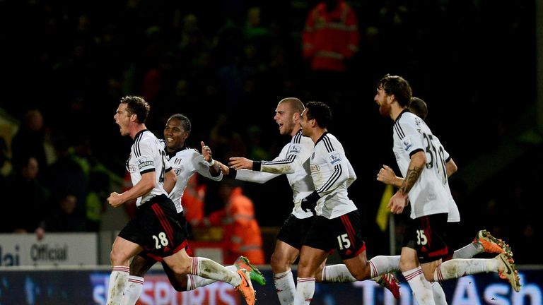Scott Parker (l): Celebrates his late winner