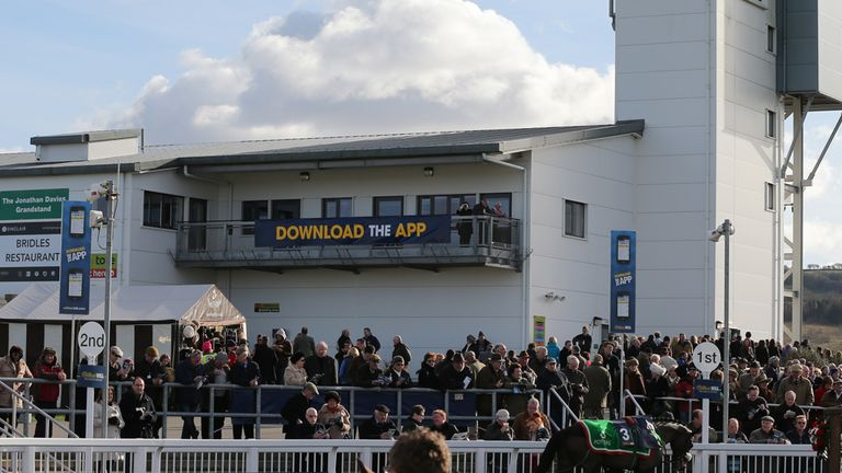 Ffos Las: Sunday's card is under threat