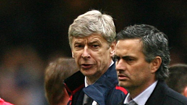 Old foes: Arsenal boss Arsene Wenger and Chelsea manager Jose Mourinho pictured in 2007