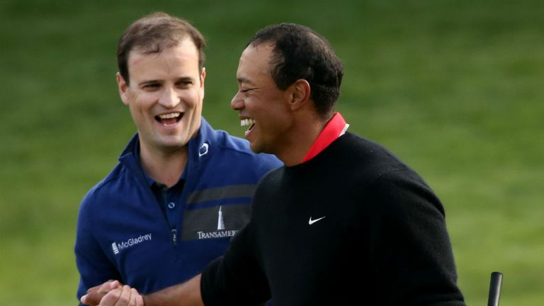 Zach Johnson (L) overcame Tiger Woods down the stretch to win World Challenge
