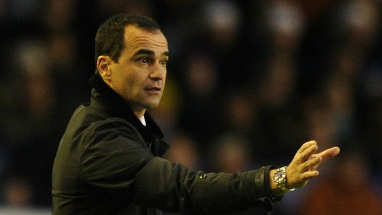 Roberto Martinez: Scouting the loan market after injury blows