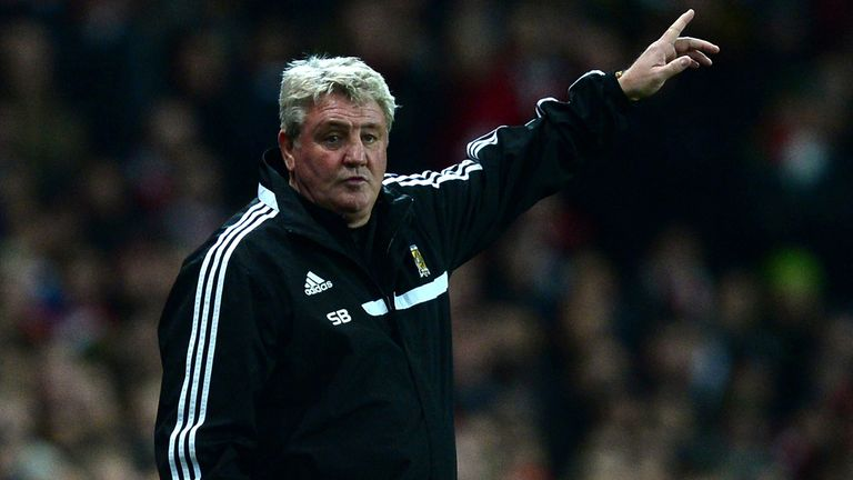 Steve Bruce: Felt Hull should have had a penalty against Swansea