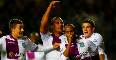 Delph stunner silences Saints