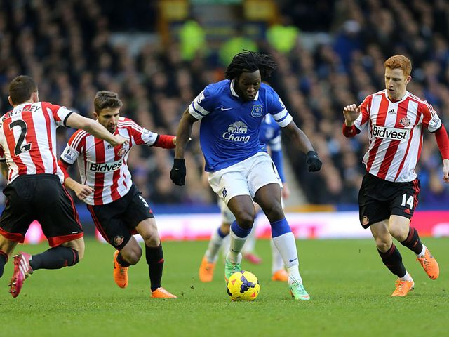 Romelu Lukaku charges forward for Everton