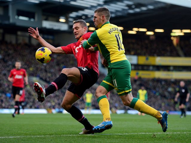 Vidic tangles with Hooper