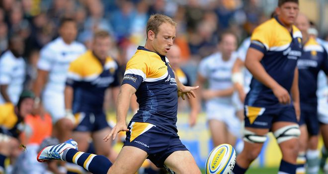 Chris Pennell: Will remain at Sixways until June 2017