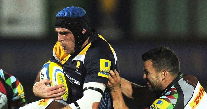Jon Clarke (with ball) has agreed to join Leeds Carnegie on loan from Worcester
