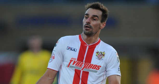 Filipe Morais: Available after suspension