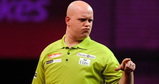 Michael van Gerwen: Easy winner in round one of the PDC World Darts Championship