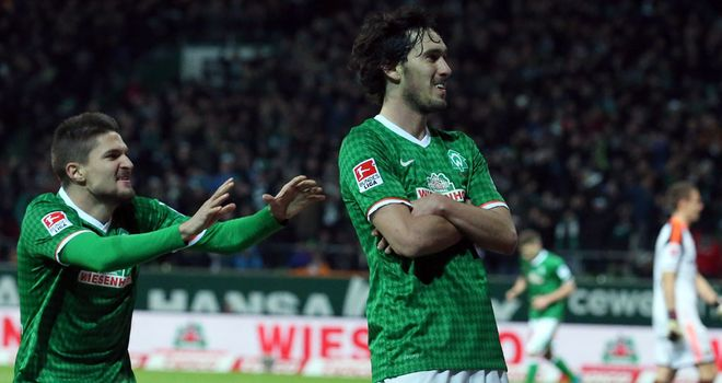 Werder Bremen celebrate against Bayer Leverkusen