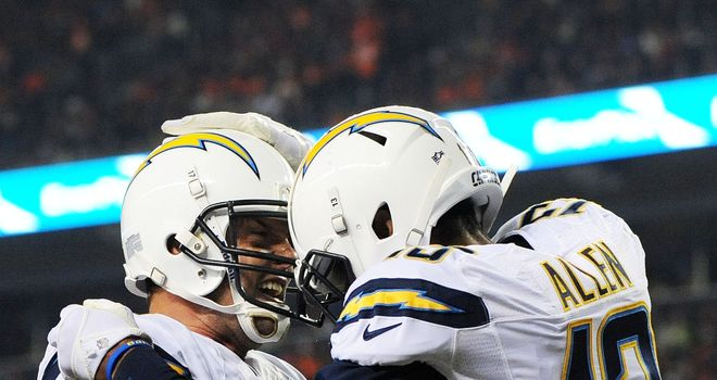 Keenan Allen celebrates with Philip Rivers after scoring a second-quarter touchdown
