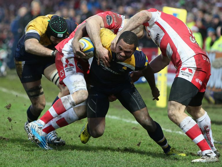 Josh Drauniniu can't break through Gloucester's defence