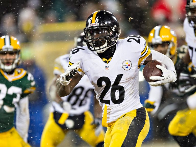 Le'Veon Bell got the crucial score for the Steelers