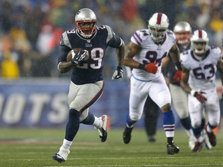 LeGarrette Blount: Rushed for a career-high 189 yards