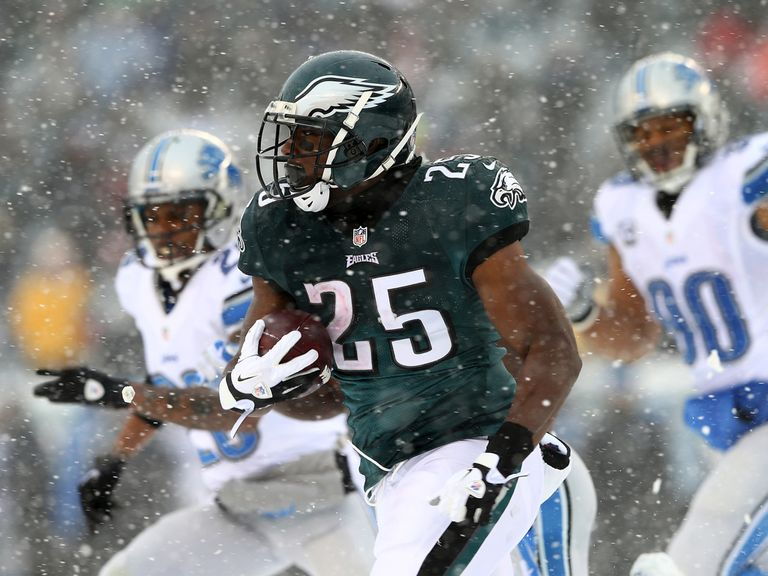 LeSean McCoy was the NFL's leading rusher at 28/1