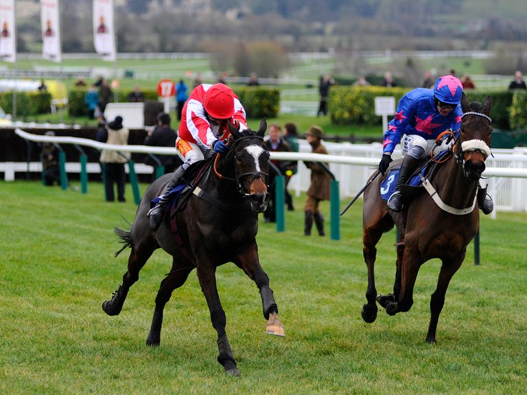 Monbeg Dude (l): Entered in the Grimthorpe