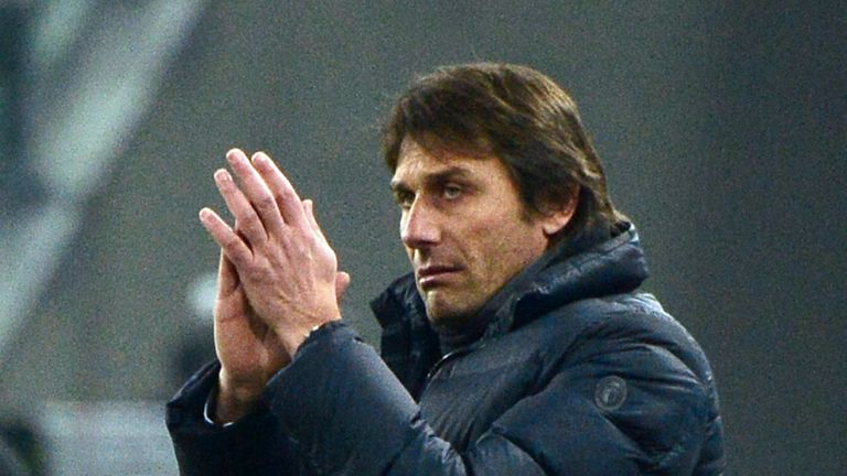 Antonio Conte: Wants Juve to put Benfica defeat behind them