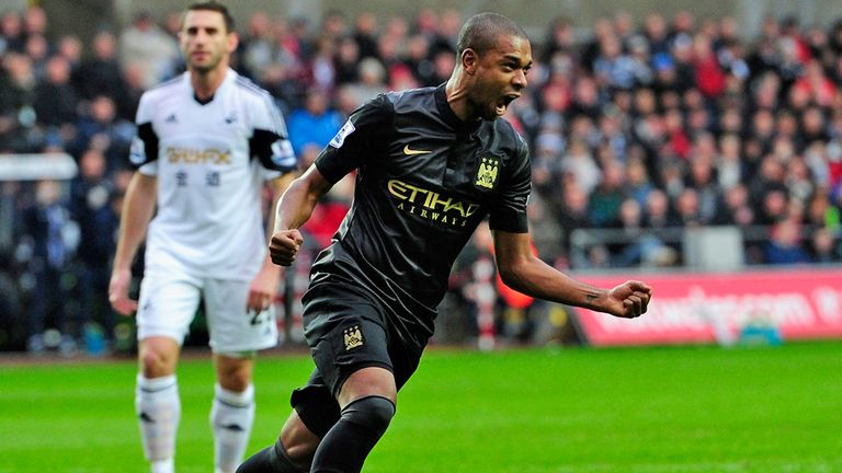 Fernandinho: Manchester City midfielder has sights set on a place in the Brazil World Cup squad