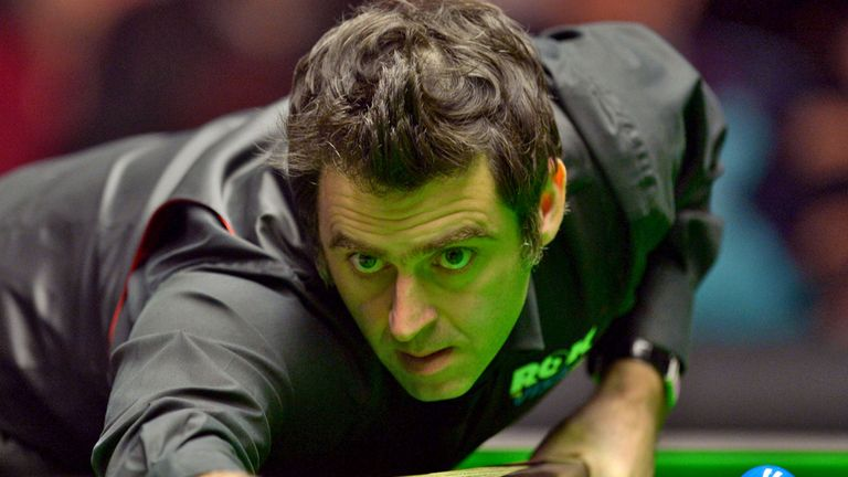 Ronnie O'Sullivan: Posted a 4-1 victory over Barry Pinches to progress