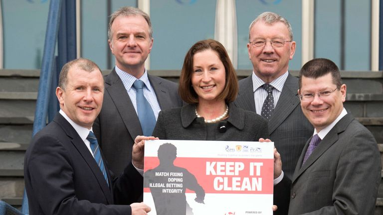 Stewart Regan (left) and Fraser Wishart (second left): Help launch 'Keep It Clean' initiative