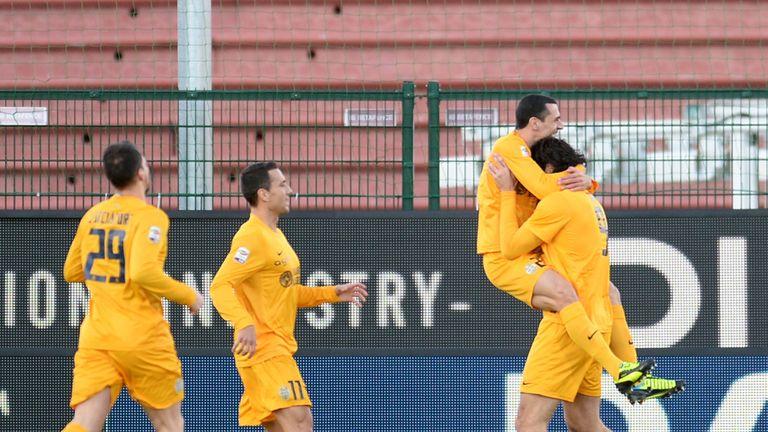 Verona celebrate Luca Toni's opener