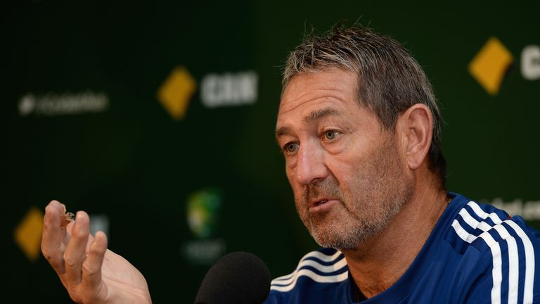 Graham Gooch: Not willing to talk about Pietersen's behaviour