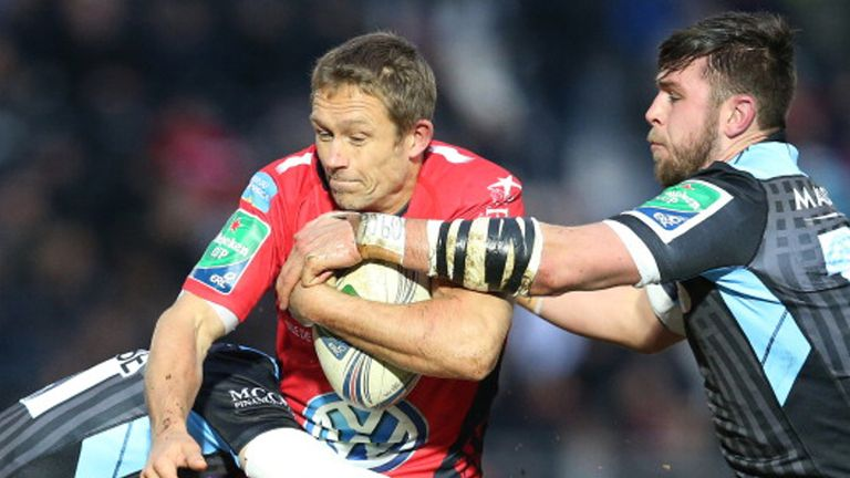 Toulon battled past Glasgow to secure a home quarter-final