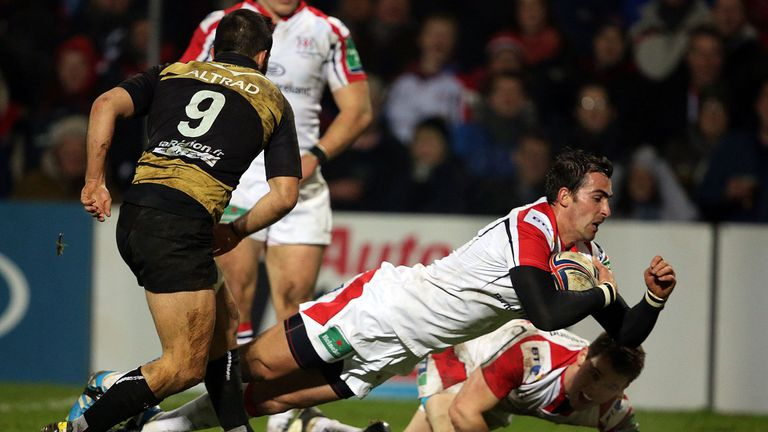 Ruan Pienaar: South African dives over for Ulster's second try at Ravenhill