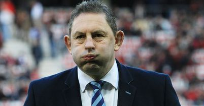 Davies quits as Cardiff boss