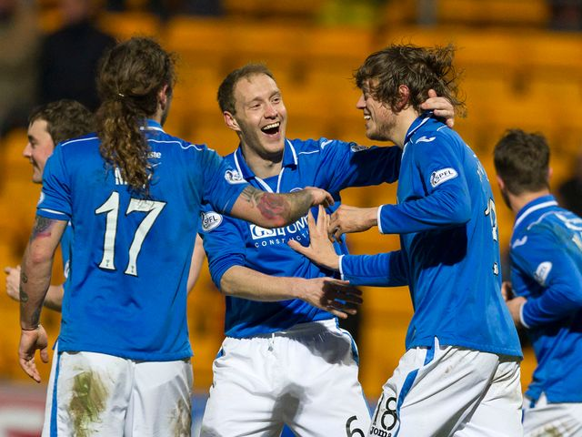 St Johnstone celebrate Murray Davidson's goal.