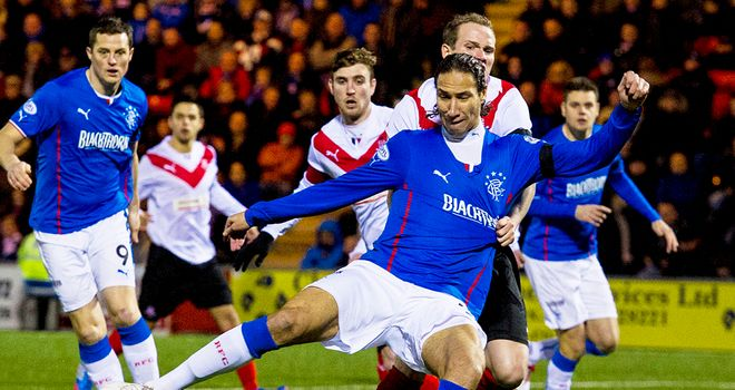 Bilel Mohsni:l Threatens for Rangers during the game against