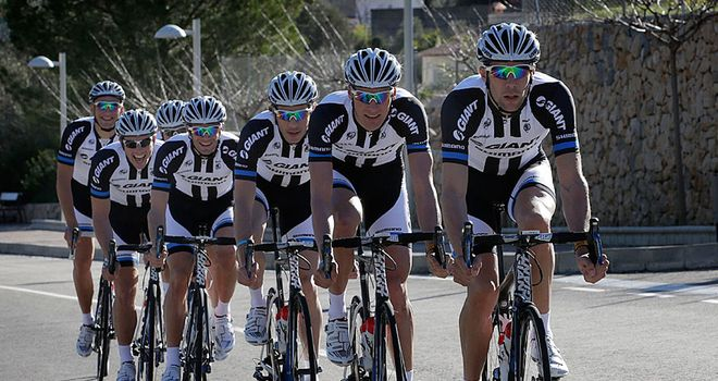 Giant-Shimano show off their new 2014 jerseys