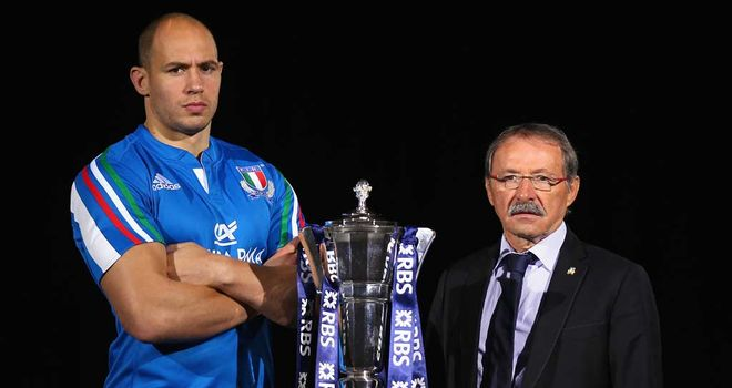 Jacques Brunel (right) with his skipper Sergio Parisse