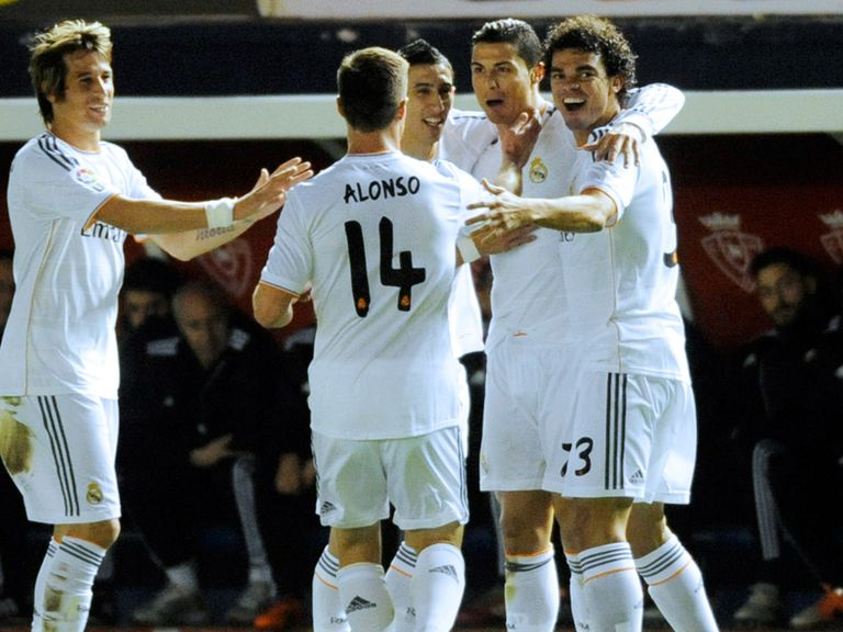 Real Madrid look to put pressure on the top two teams