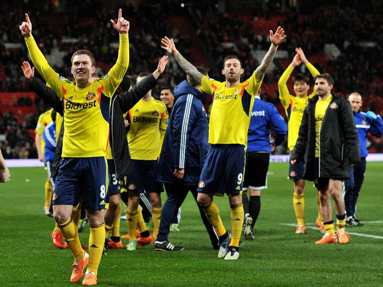 Sunderland celebrate their penalty shootout victory over Manchester United