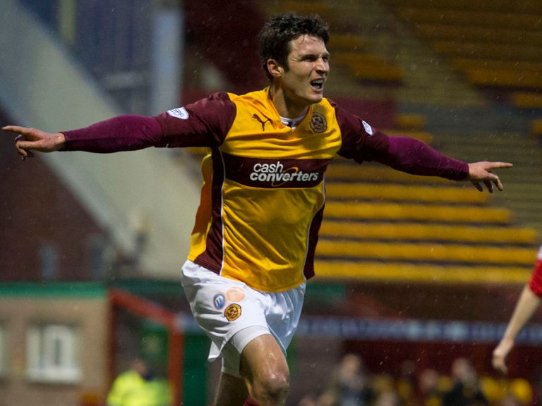 Motherwell can pile further misery on Hearts