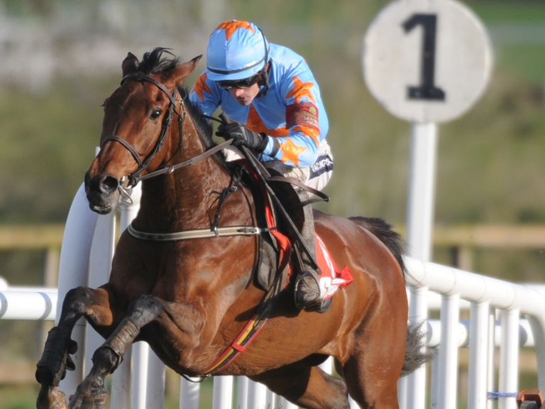 Un De Sceaux ran out a ready winner in France