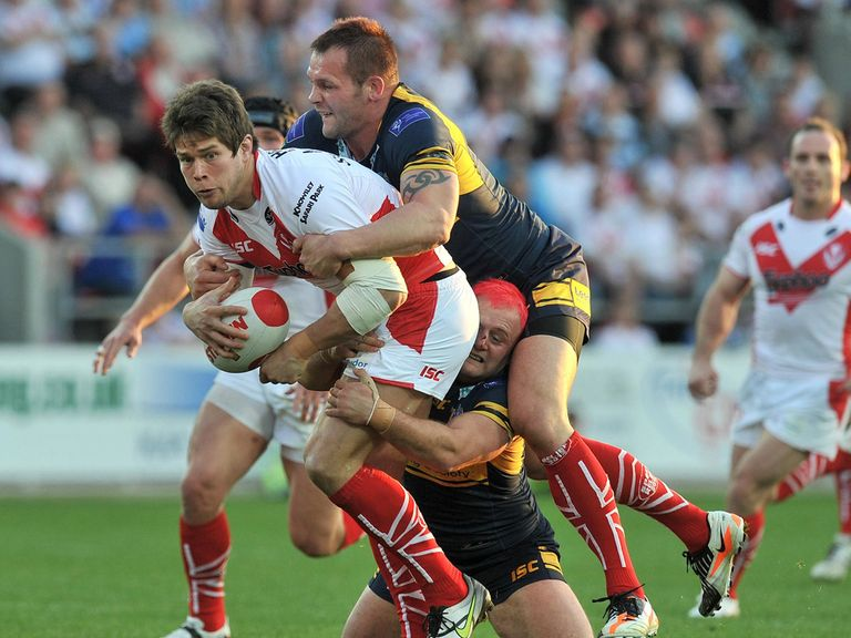 Louie-McCarthy Scarsbrook: Signed new deal with St Helens
