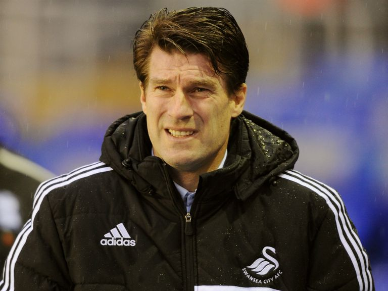 Laudrup: No discussions on his Swansea future