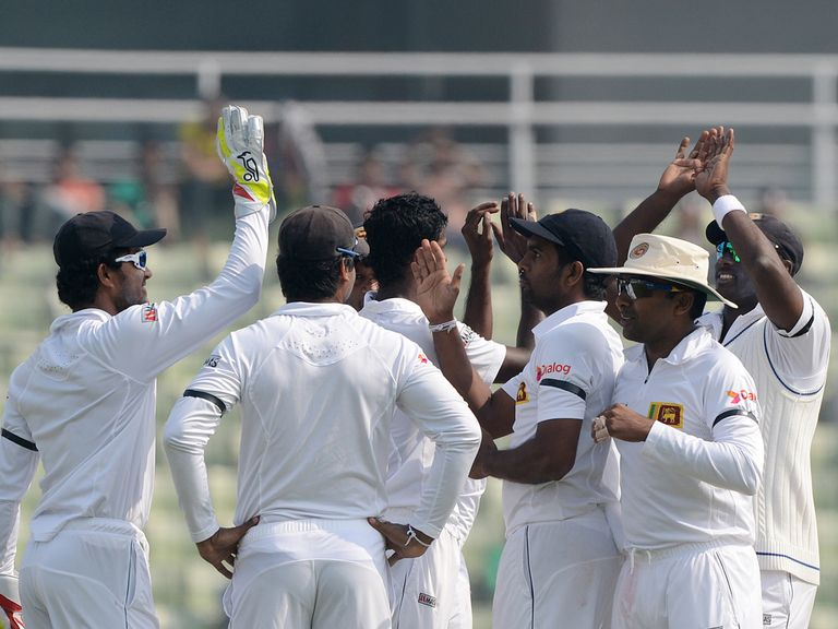 Sri Lanka celebrate wicket of Bangladesh's Nasir Hossain