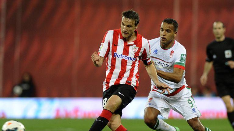 Carlos Gurpegi in action for Bilbao