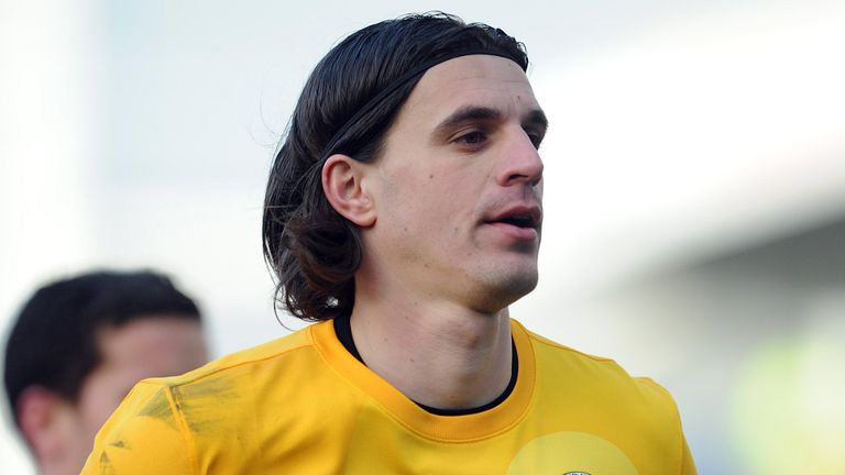 Eldin Jakupovic: Faces uncertain future