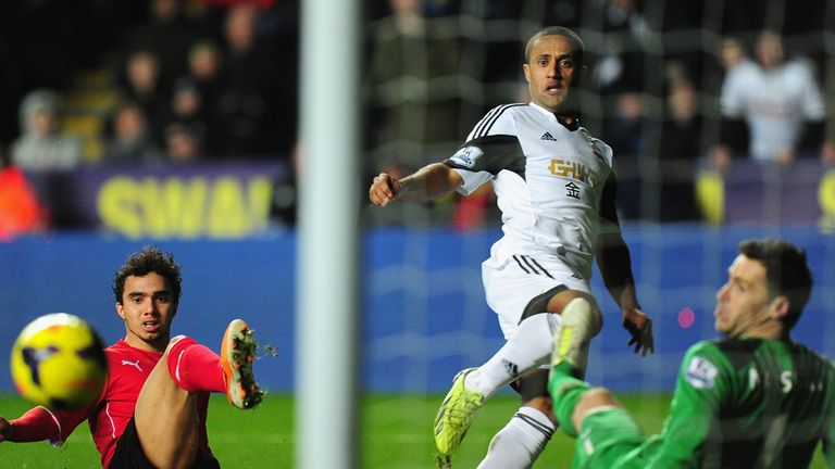 Wayne Routledge: Scores for Swansea