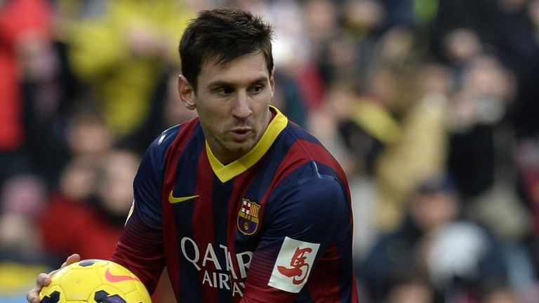 Lionel Messi: Backed to return to form by Luis Suarez