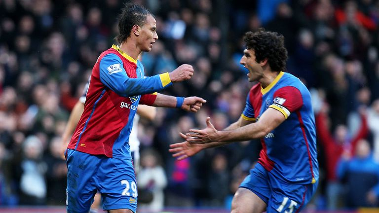 Marouane Chamakh: Will remain at Selhurst Park