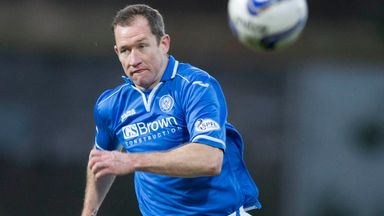 Frazer Wright has joined Dumbarton after departing St Johnstone
