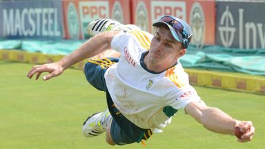 Ryan McLaren: South Africa all-rounder is out against Australia